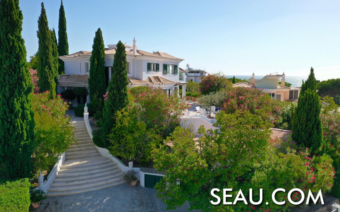 Villa met 3 slaapkamers en zeezicht te koop in Vale do Lobo
